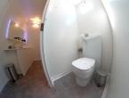 Interni del bagno di lusso a noleggio Class Toilet