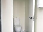 cabina WC bianca per il noleggio