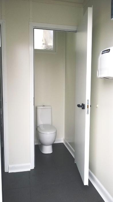 Noleggio servizi igienici per eventi noleggio bagni di for Noleggio cabina di steamboat